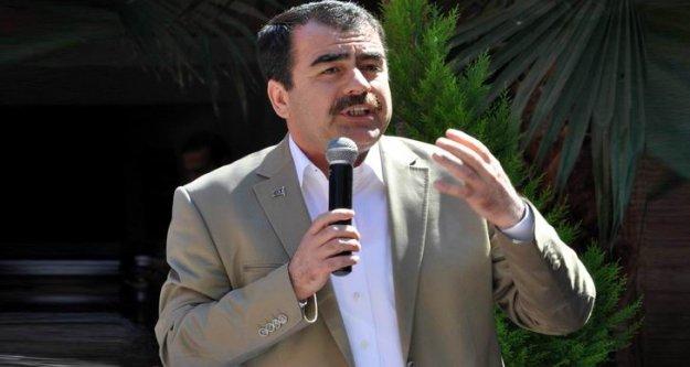 """Türkiye#039;nin geleceği için Başkanlık sistemi ve Yeni Anayasa hepimizin meselesidir"""""""