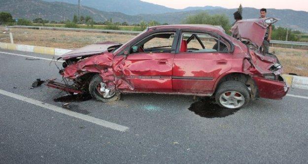 Çine'de Kaza: Takla Atan Araçta 3 Kişi Yaralandı