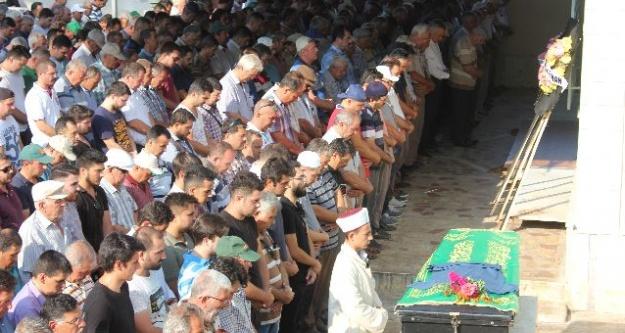 Sevenleri Arif Boztaş'ı Son Yolculuğuna Uğurladı