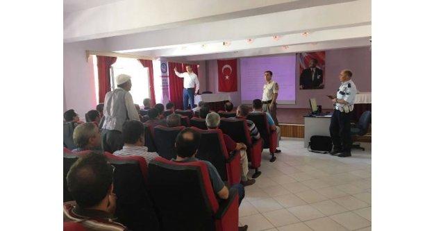 Okul Servis Şoförlerine Eğitim Semineri Verildi