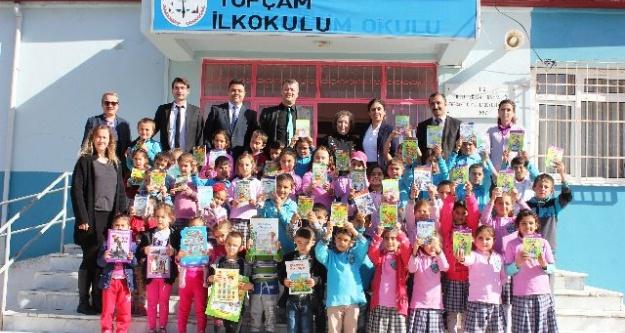 'Dünya Çocuk Kitap Haftası' Topçam İlkokulu'nda kutlandı