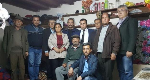 MHP Çine İlçe Teşkilatı, Şehit Babasını Ziyaret Etti