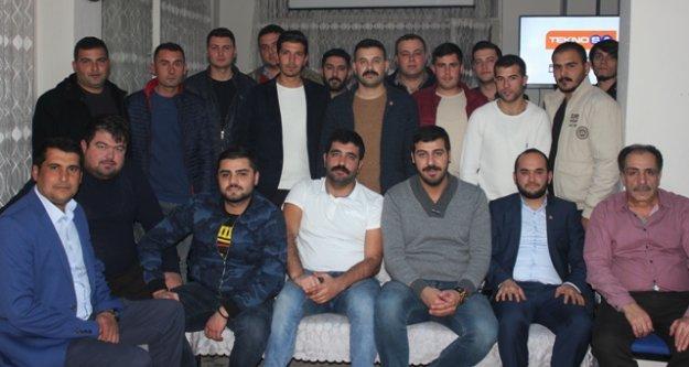 CHP Gençlik Kolları Mert Korkut'u Tekrar Başkan Seçti