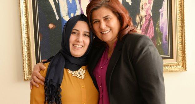 Kadın Muhtarlar Sevgililer Günü'nde Çerçioğlu'nu Ziyaret Etti