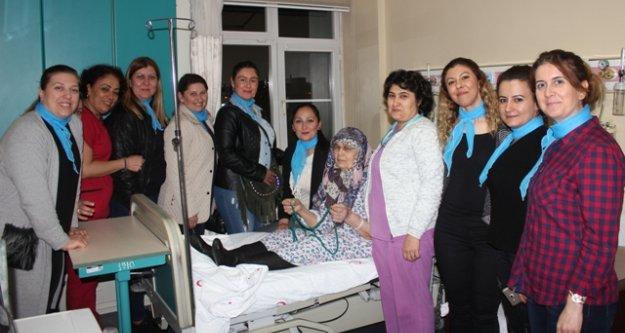 AK Parti Çine İlçe Kadın Kolları Yaşlıları Unutmadı