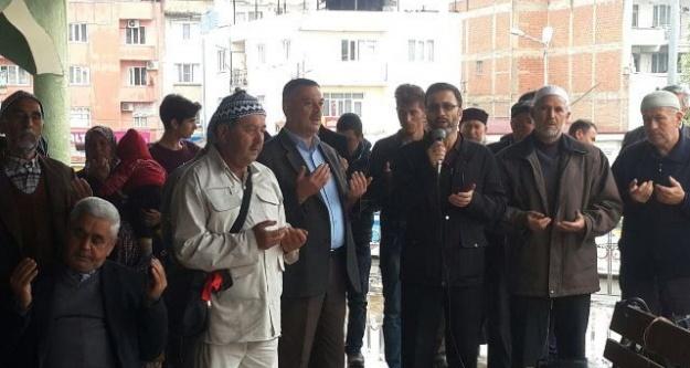 Çine'de Umre Kafilesi Dualarla Uğurlandı
