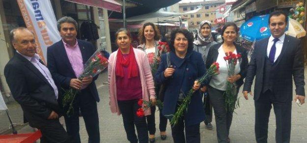 MHP, Kadınlar Gününü kutladı
