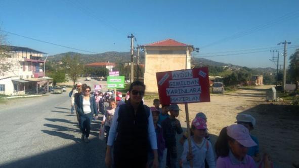 Akçaova İlkokulu, Farkındalık Yaratmak İçin Yürüdüler