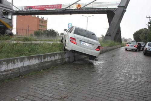 Çine'de Kaza; 3 Yaralı