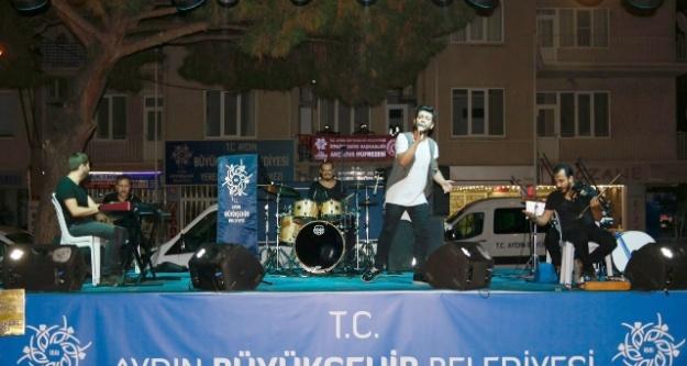 Büyükşehirden Akçaova 'ya  Halk Konseri