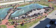 Yüzlerce Öğrenci Kalabak Parkında kitap okudu