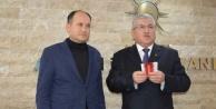 AK Parti, İlçe Başkan Adaylarını Tanıttı