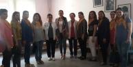 AK Partili kadınlar  Ebeler Haftasını kutladı
