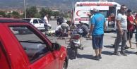 Motosiklet ile Hafif Ticari Araç Çarpıştı: 2 Yaralı