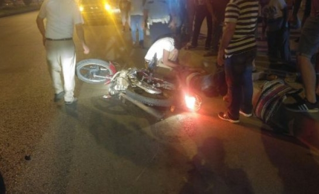 Çine'deMotosiklet, Otomobile Çarptı: 1 yaralı
