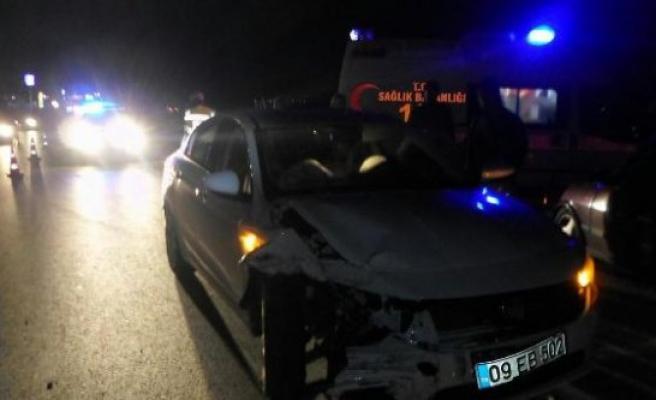 Çine'de İki Otomobil Çarpıştı