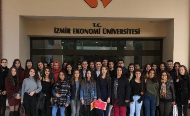 Lise Son Sınıf Öğrencilerine Üniversite Tanıtıldı
