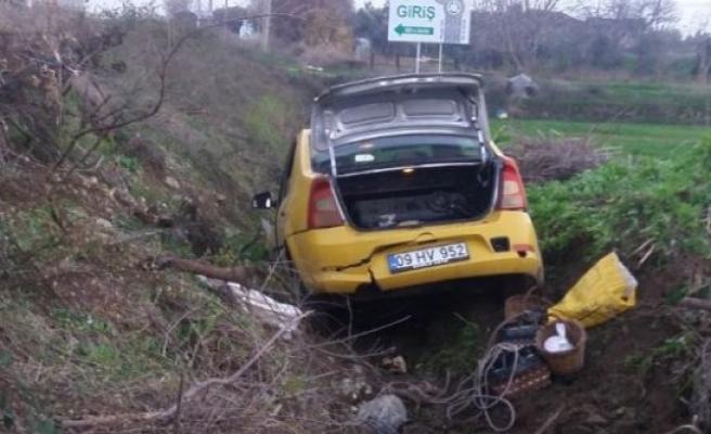 Otomobil Şarampole Yuvarlandı: 5 Yaralı
