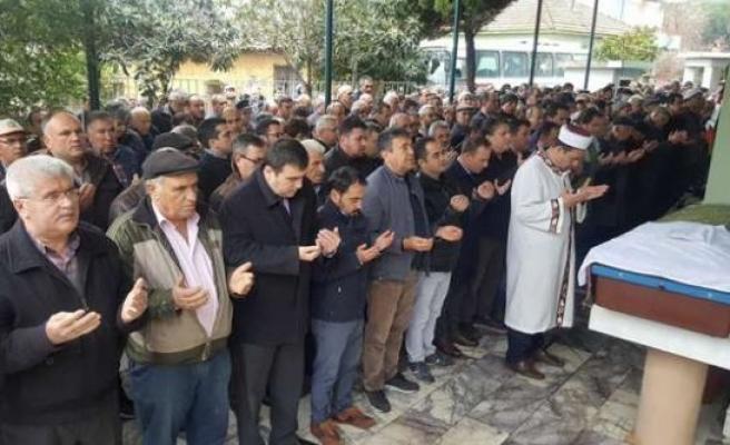 Fadime Atabay'ı Sevenleri Dualarla Uğurladı