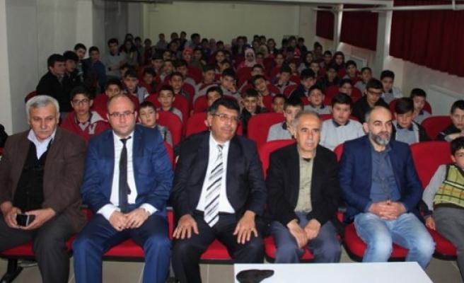 İmam Hatip Ortaokulu'nda 'Adım Adım Başarı Öyküleri'
