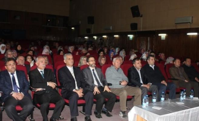 """""""Çanakkale'yi Destanlaştıran Ruh"""" Konulu Konferans"""