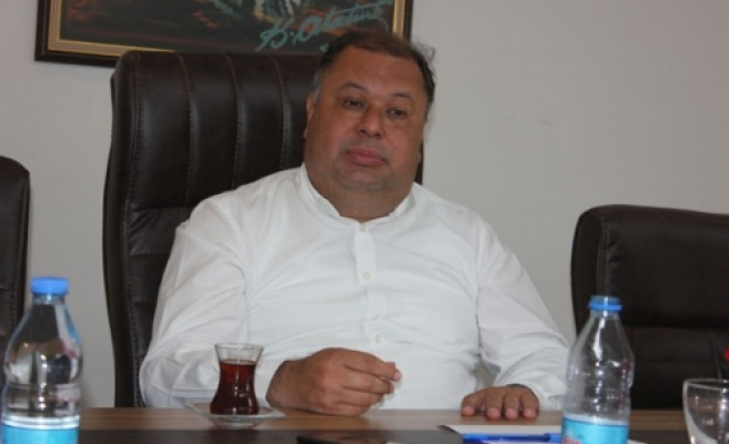 AK Partili Meclis Üyeleri, Başkana Yüklendi