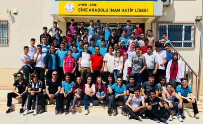 Anadolu İmam Hatip Lisesi Bahar Şenliği