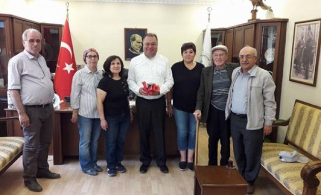 CHP'li Kadınlar Eczacılar Günü'nü Kutladı