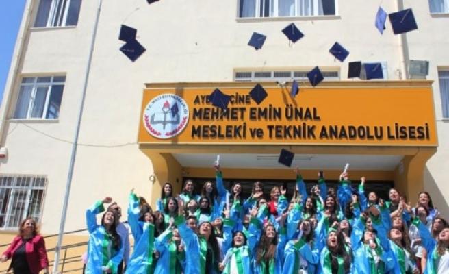 Çine Mehmet Emin Ünal MTAL'de Mezuniyet Sevinci