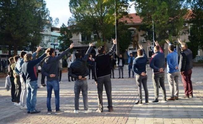 Çineli Ülkücüler Meydanda 'Andımızı' Okudu
