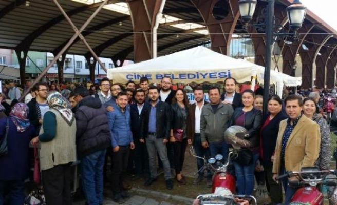 AK Parti Çine Gençlik Kollarından Aşure Hayrı