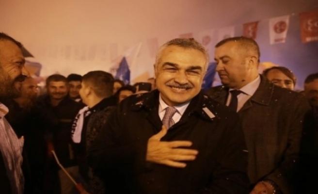 """Mustafa Savaş; """"Millet İradesi, Tankların Paletlerinden Daha Güçlüdür"""""""