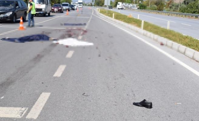 TIR'ın Çarptığı Motosiklet Sürücüsü Feci Şekilde Hayatını Kaybetti