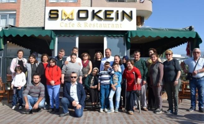 Engelli Gençlere ve Çocuklara Yönelik Yemek Düzenlendi