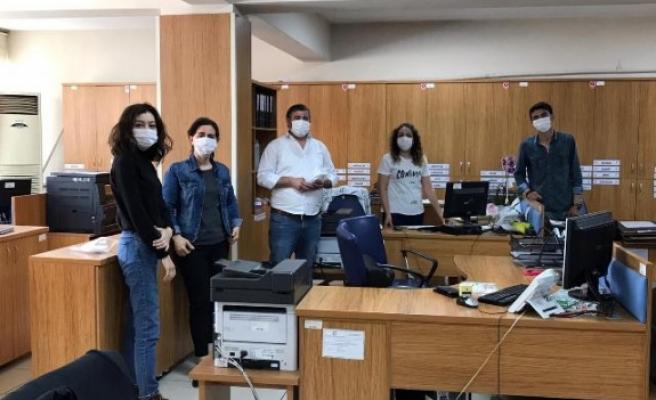İş Adamı Çelik, Çine'de 20 Bin Adet Maske Dağıttı