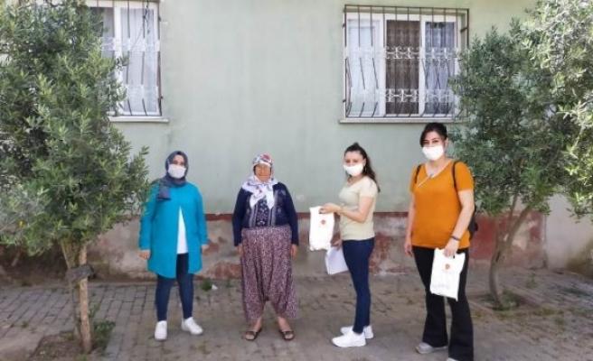 Cumhurbaşkanı Erdoğan'dan Çine'deki Yaşlılara Kolonya ve Maske