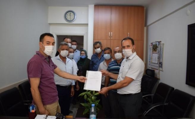AK Parti Karpuzlu İlçe Teşkilatı Mazbatasını Aldı