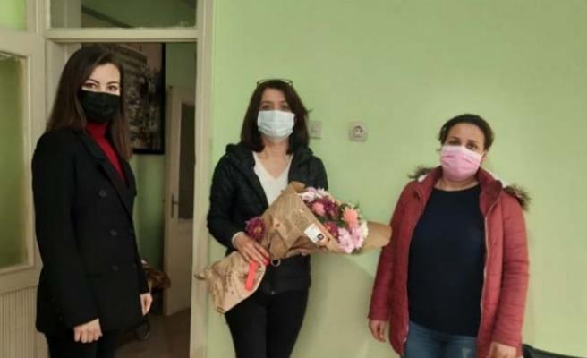 AK Parti Kadın Kolları, Haber Uğur Gazetesini ziyaret etti