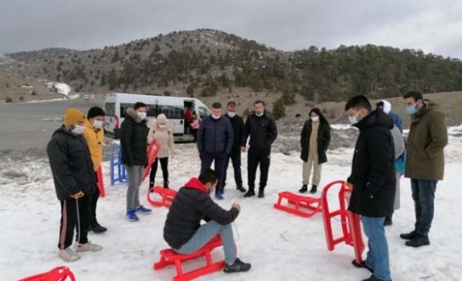 Gençlerin kar isteğini, Gençlik Spor Müdürlüğü yerine getirdi