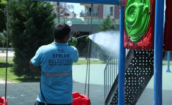 Efeler'in Parkları Pırıl Pırıl