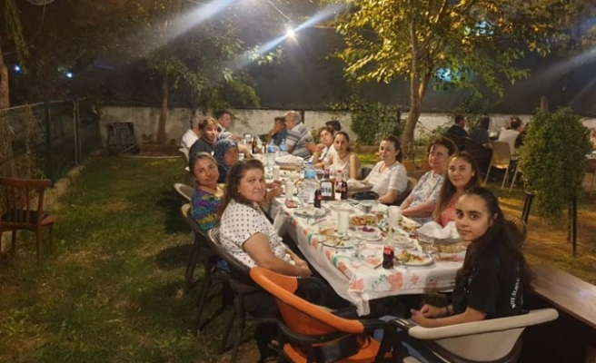 Hanımeli Mantı ve Börek Evi'nden birlik ve beraberlik yemeği