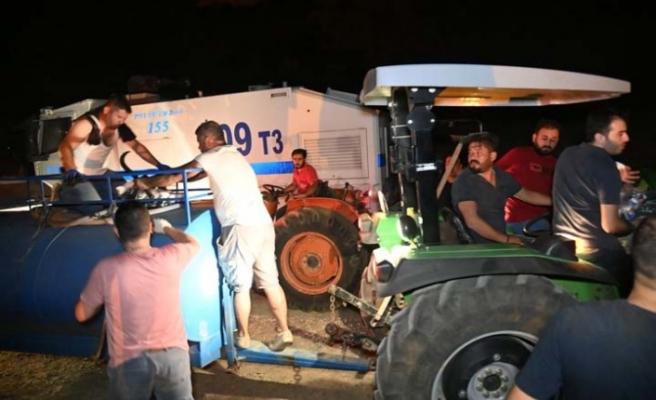 Karacasu'da yangın yön değiştirdi, bazı evler tahliye edildi
