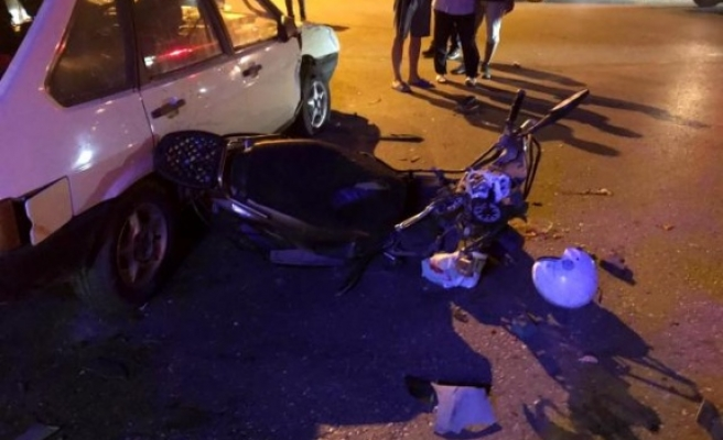 Kazada baba ve oğlu ağır yaralandı