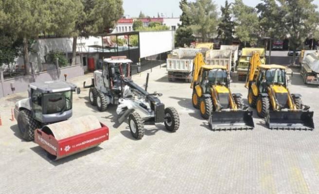 Aydın Büyükşehir Belediyesi Araç Filosunu Yeni İş Makineleri İle Genişletiyor