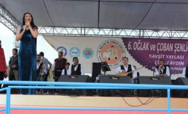6. Oğlak Festivali Ankaralı Ayşe ile şenlendi