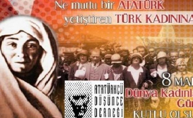 """""""8 Mart kutlama değil mücadele günü olmalıdır"""""""