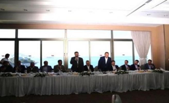 Ak Parti Aydın Milletvekili Adayları Kuş adasında STK'larla Kahvaltıda Bir araya geldi
