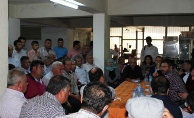 AK Parti Aydın Milletvekili adayları muhtarların sorunlarını dinledi