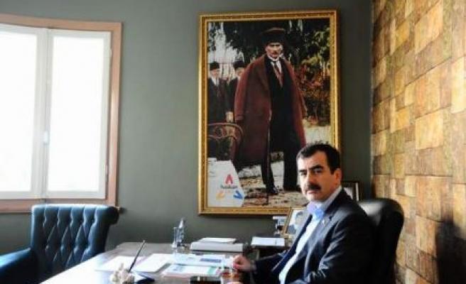 AK Parti MKYK Üyesi Erdem'in 'Cumhuriyet Bayramı' Mesajı