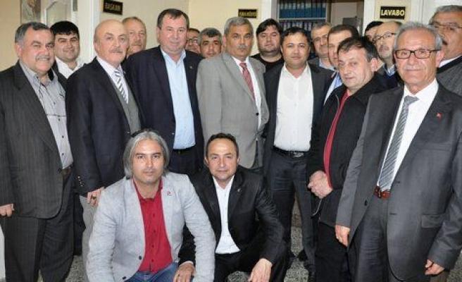 AK Partililerden Başkan Öter'e tebrik ziyareti